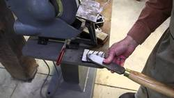 Bench-Grinder-for-Sharpening-Turning-Tools