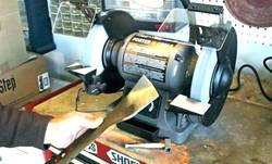 Using-a-Bench-Grinder-to-Sharpen-Lawn-Mower-Blade
